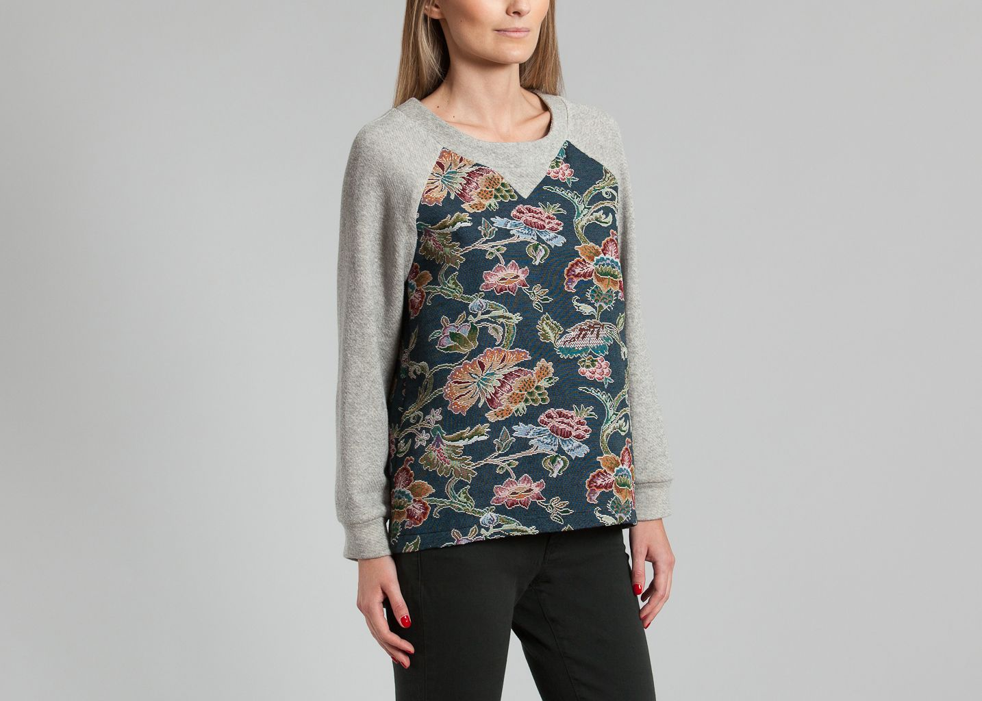 Yleana Sweater - Anna Studio