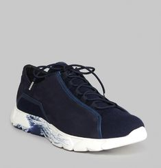 L2 Wave Lo Trainers