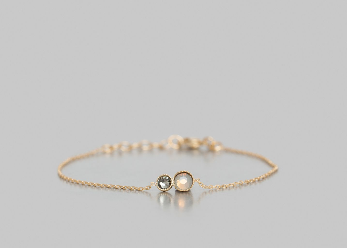Sign Pearl Bracelet 5 OCTOBRE