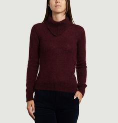 Pointed Collar Jumper