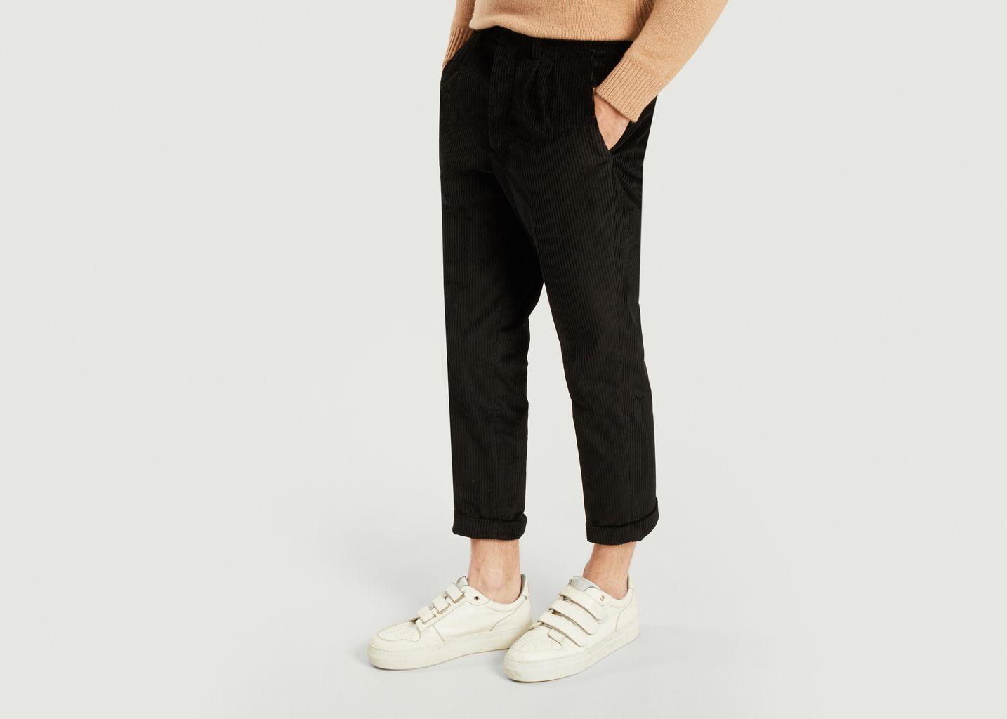 Pantalon Carotte à Plis  - AMI Paris