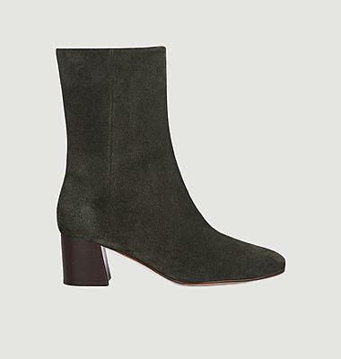 Boots Dunia