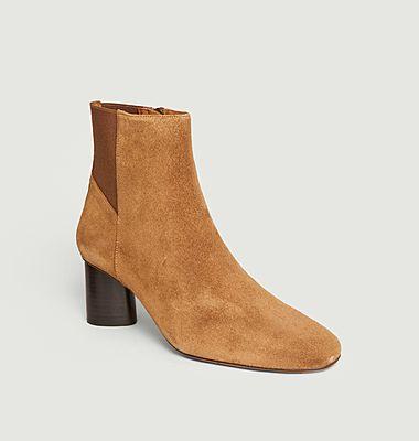 Boots Daena