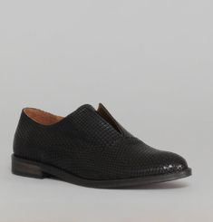 Elvie Python Brogues