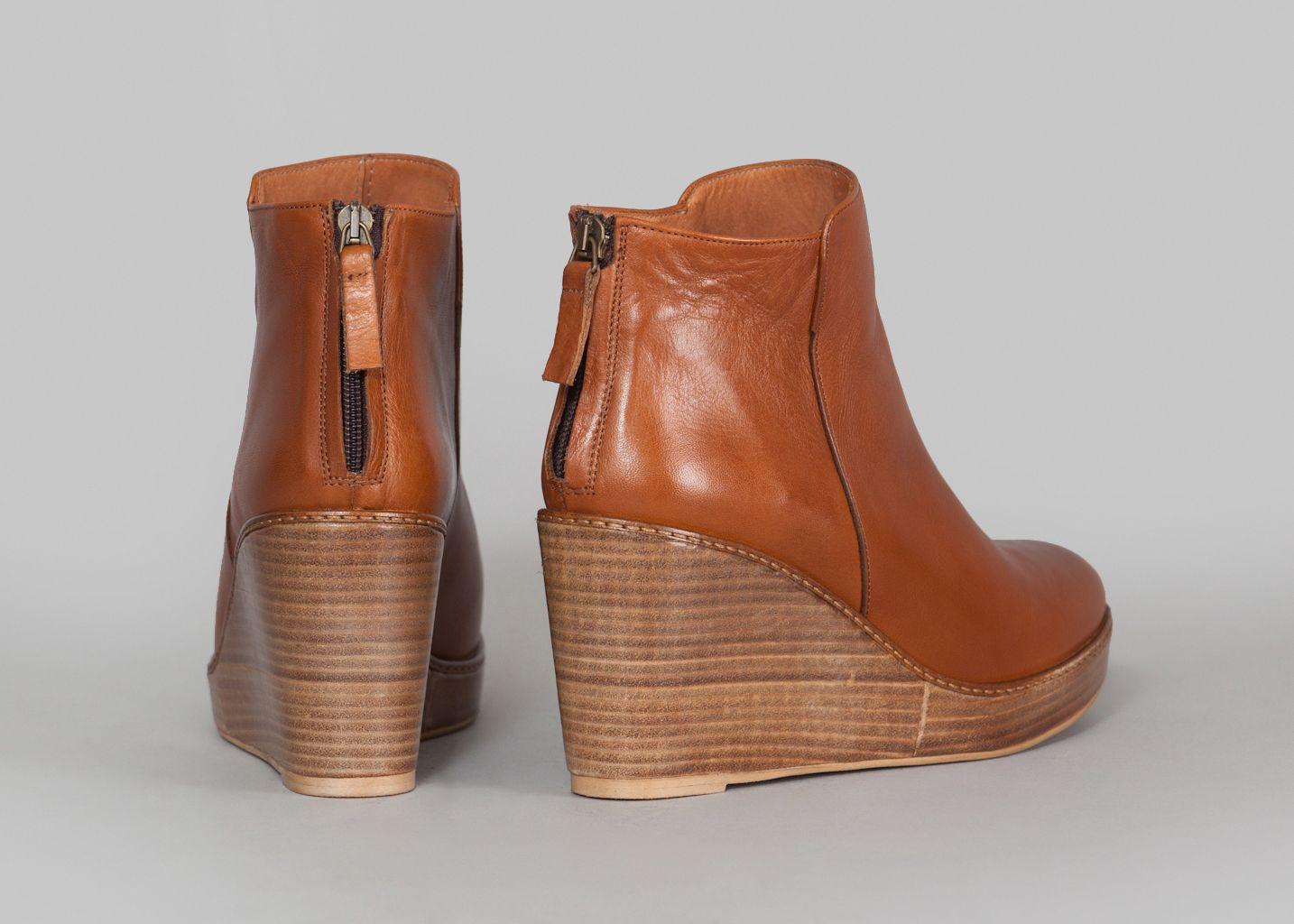 boots compens es bianca anthology paris cognac l 39 exception. Black Bedroom Furniture Sets. Home Design Ideas