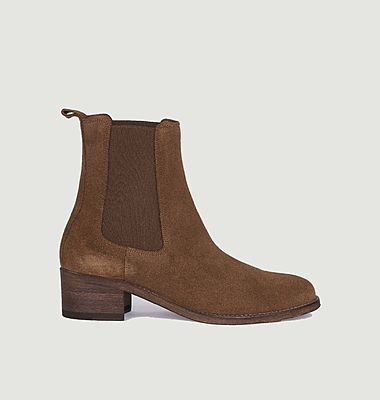 7456 suede leather chelsea boots