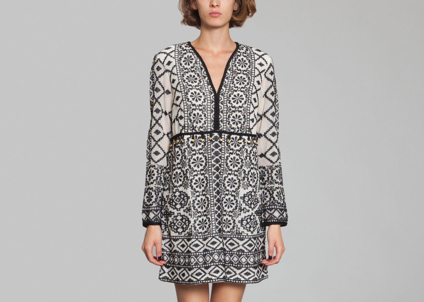 robe ida antik batik cr me l 39 exception. Black Bedroom Furniture Sets. Home Design Ideas