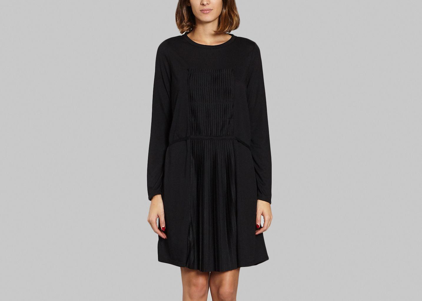 robe flemming ath vanessa bruno noir l 39 exception. Black Bedroom Furniture Sets. Home Design Ideas