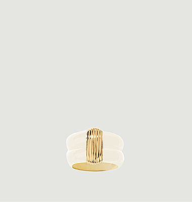 Katt resin and gold plated ring