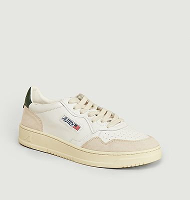 Sneakers Action Shoes 01