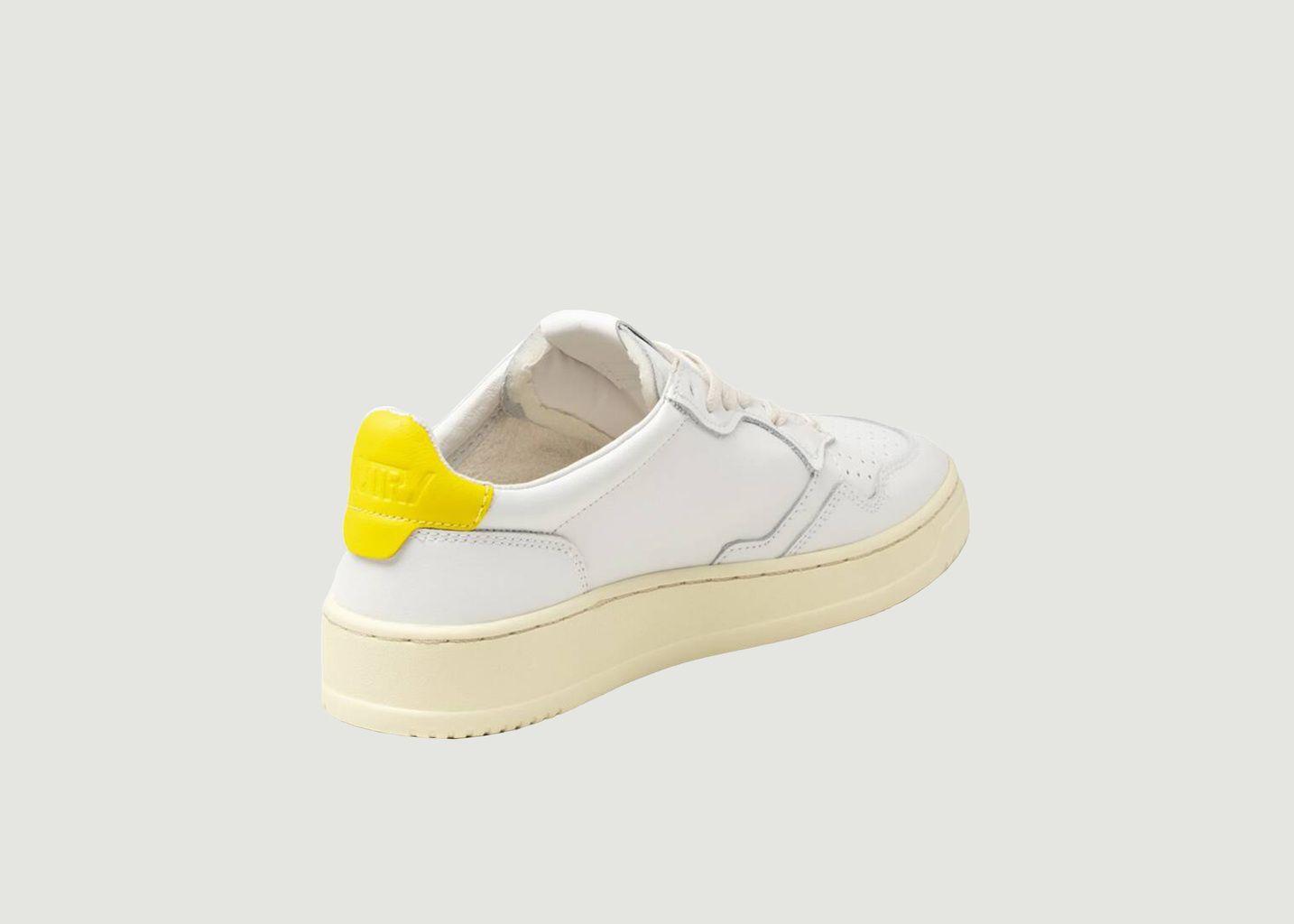 Sneakers 01 Low Man Cuir  Blanc Jaune - AUTRY