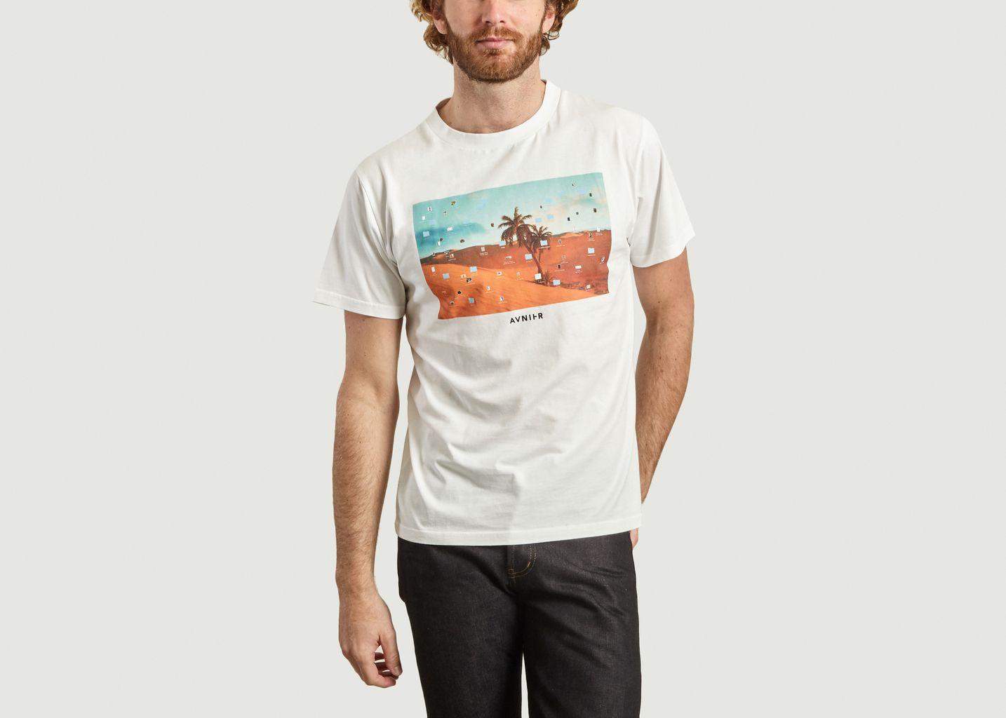 Tshirt Wallpaper - AVNIER