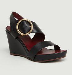 Larond Sandals