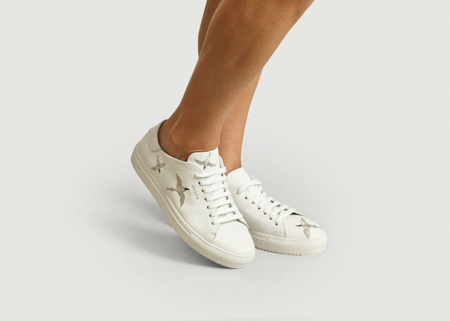 Sneakers En Cuir Clean 90 Avec Oiseaux Brodés - Axel Arigato