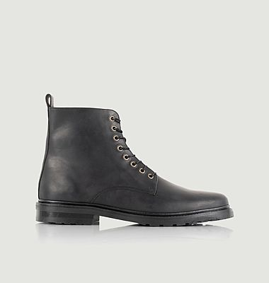 Boots Yukon