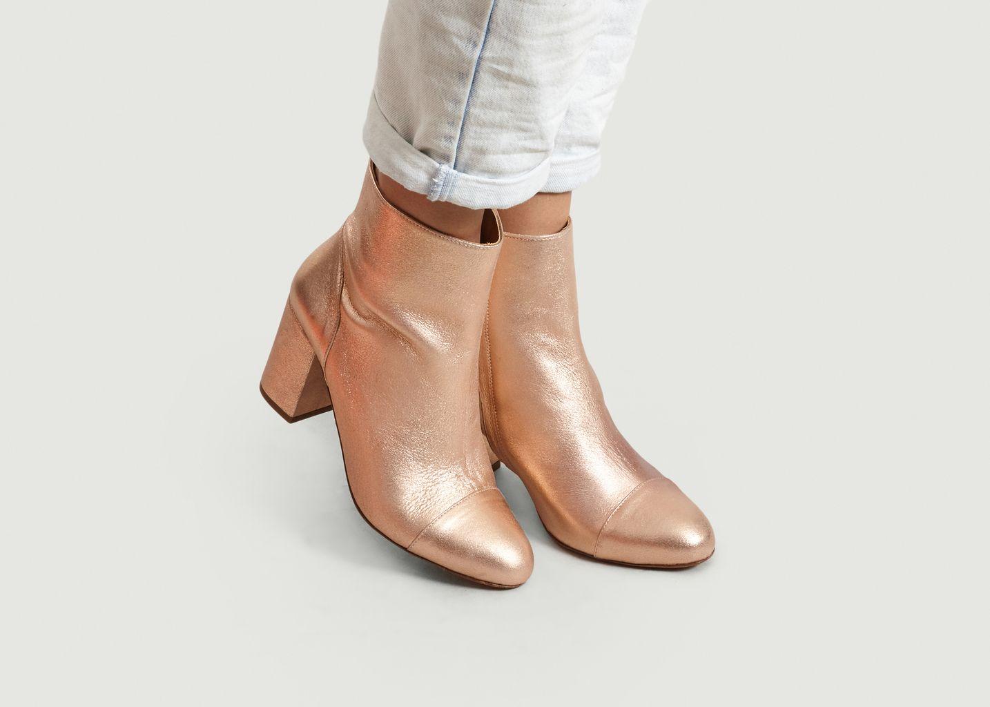 Boots Lamées A Talons La Mystérieuse - Bobbies