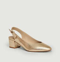 La Poupée cracked leather sandals