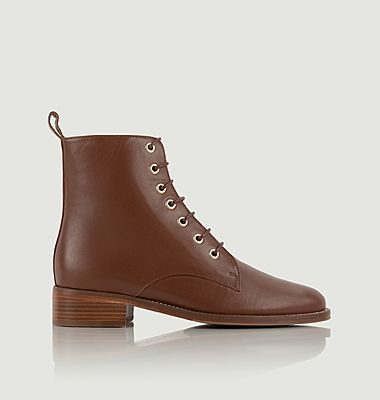 Exploratrice mid-high leather lace-up boots