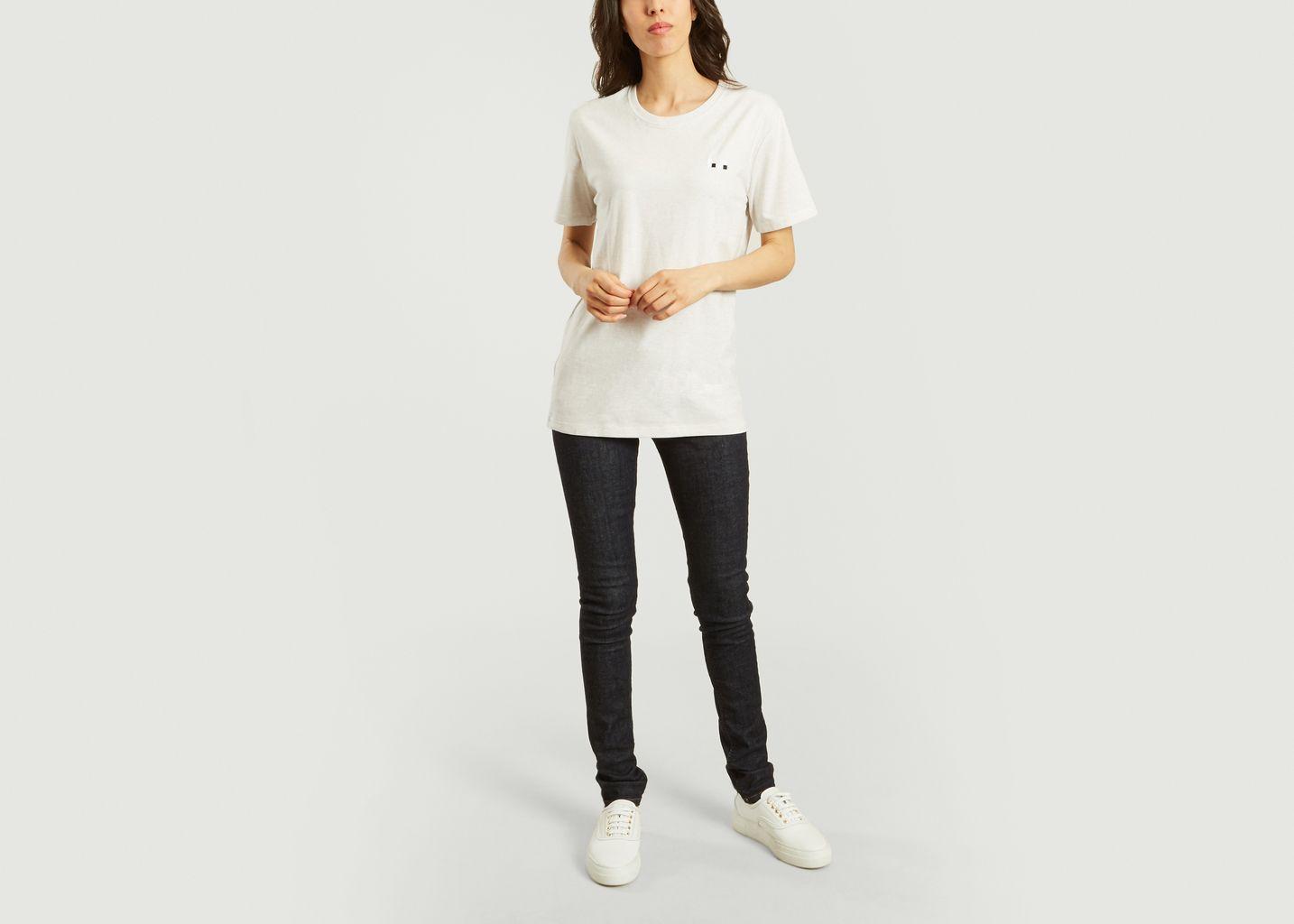T-Shirt Eye - Bricktown World