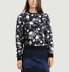 Romantic Floral Sweatshirt