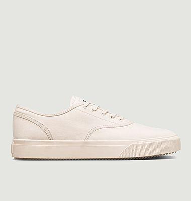 Sneakers August