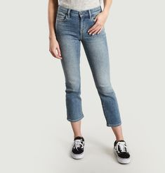 The Kick Jeans