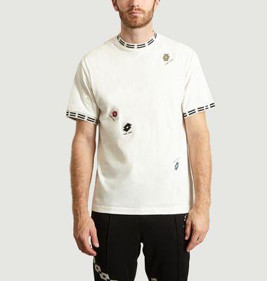 T-Shirt Motif Brodés