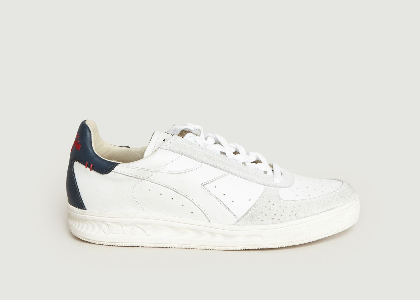 B.Elite H Leather Dirty Trainers White