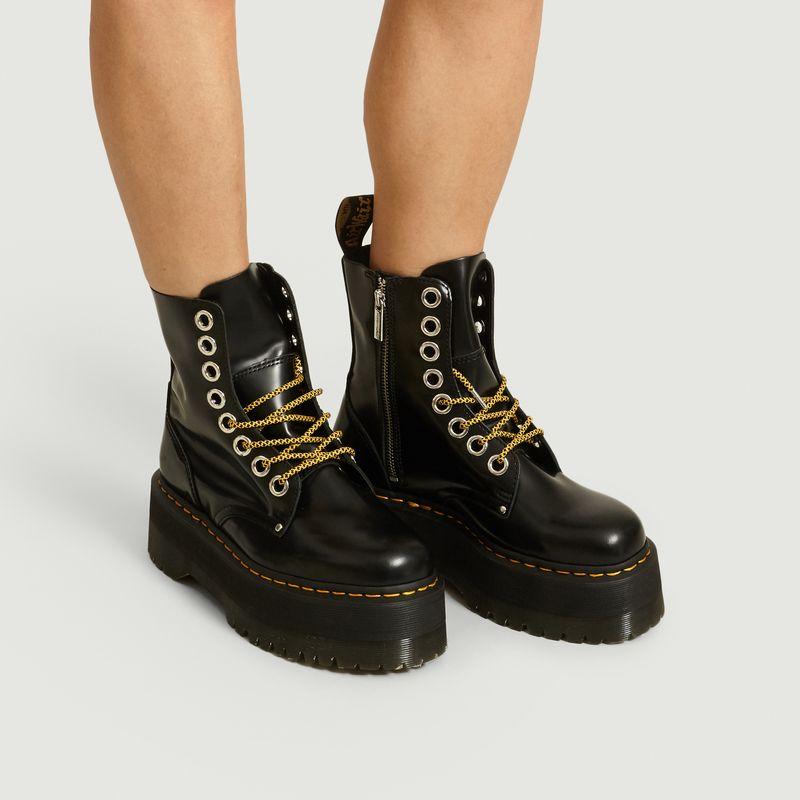 platform boots doc martens