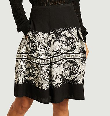Megane short skirt with embroideries