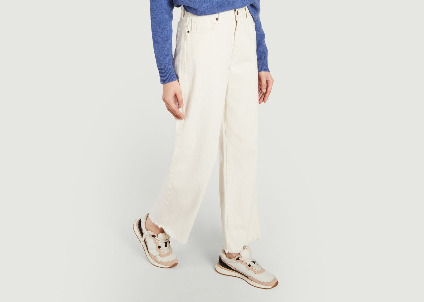 Jeans Line - Five