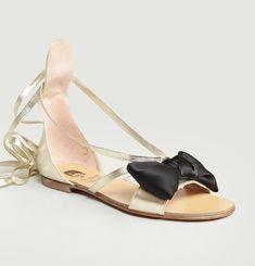 Sandales avec un Nœud en Satin
