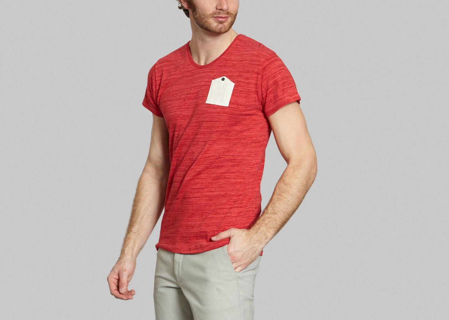 tee shirt japonais jagvi rouge l 39 exception. Black Bedroom Furniture Sets. Home Design Ideas