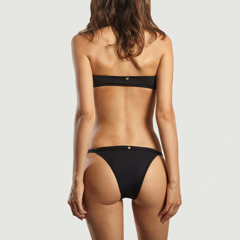 Bikini Alisa - Jungle Society