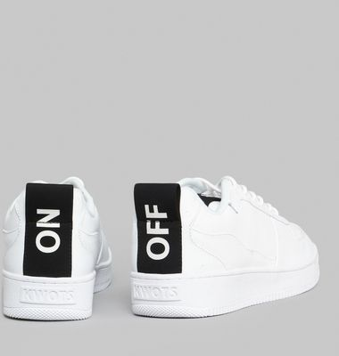Sneakers Master On/Off