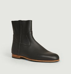 Zipped Elie boots