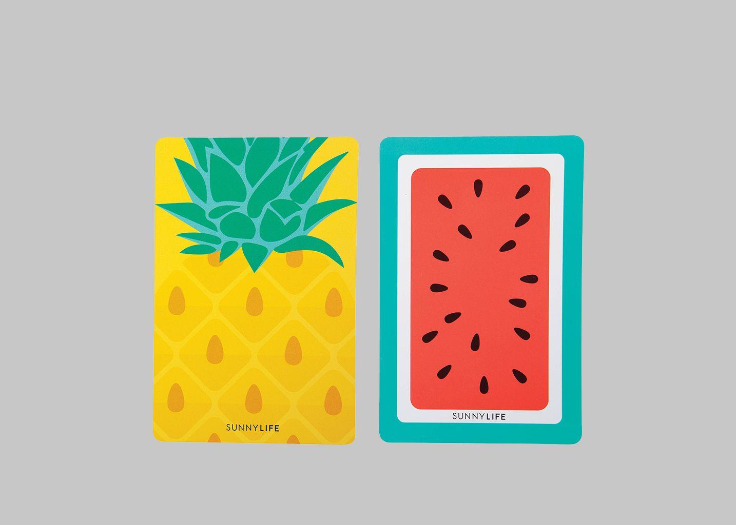 jeu de cartes waterproof la boutique cadeaux multicolore l 39 exception. Black Bedroom Furniture Sets. Home Design Ideas