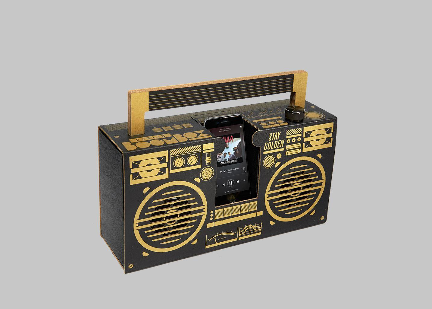 berlin boombox bluetooth la boutique cadeaux noir l 39 exception. Black Bedroom Furniture Sets. Home Design Ideas