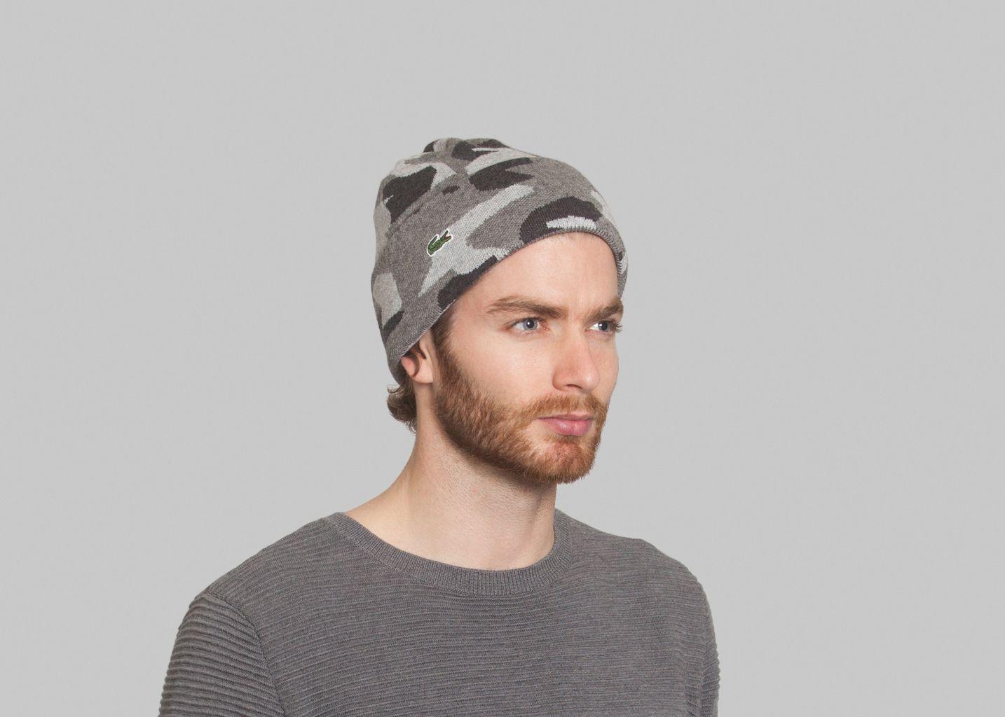 bonnet graphique lacoste live gris l 39 exception. Black Bedroom Furniture Sets. Home Design Ideas