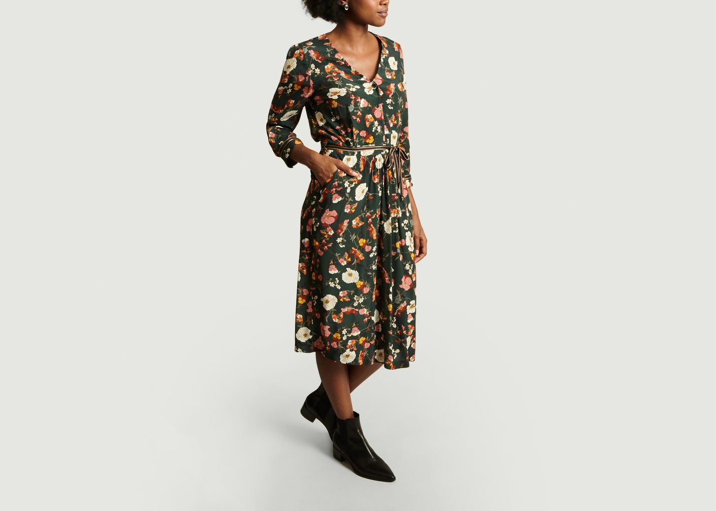 Robe Mi-Longue Fleurie Réconfort - La Petite Française