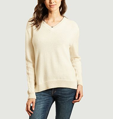 V-neck sweater with cable knit