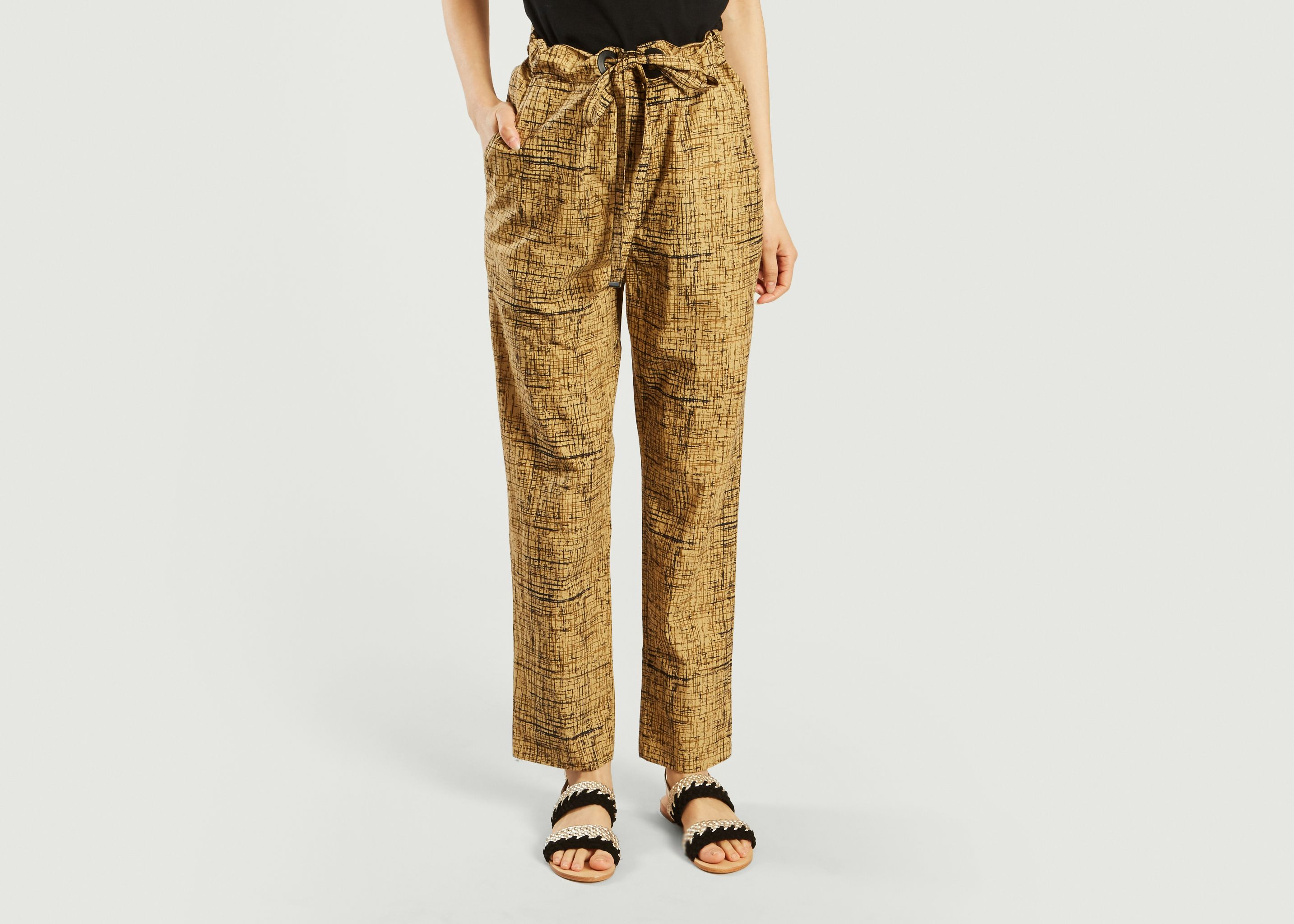Sale In China TROUSERS - Shorts Laurence Bras Quality From China Wholesale Buy Cheap Recommend Outlet Amazon The Cheapest Cheap Online QUy2Yd3MS