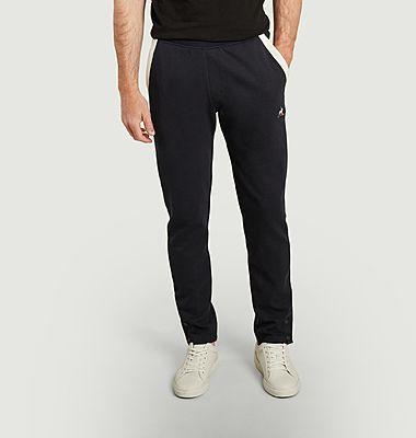 Two-tone jogging suit