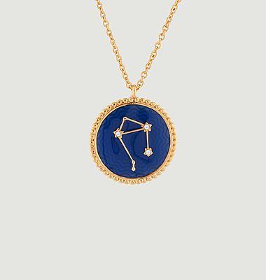 Collier avec pendentif signe astrologique Balance