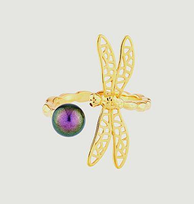 Bague ajustable petite libellule et perle iridescente