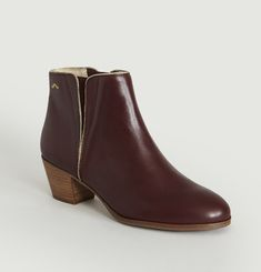 Jeanne Chelsea Boots