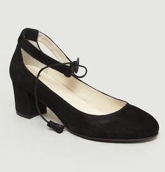 Paulette Heels