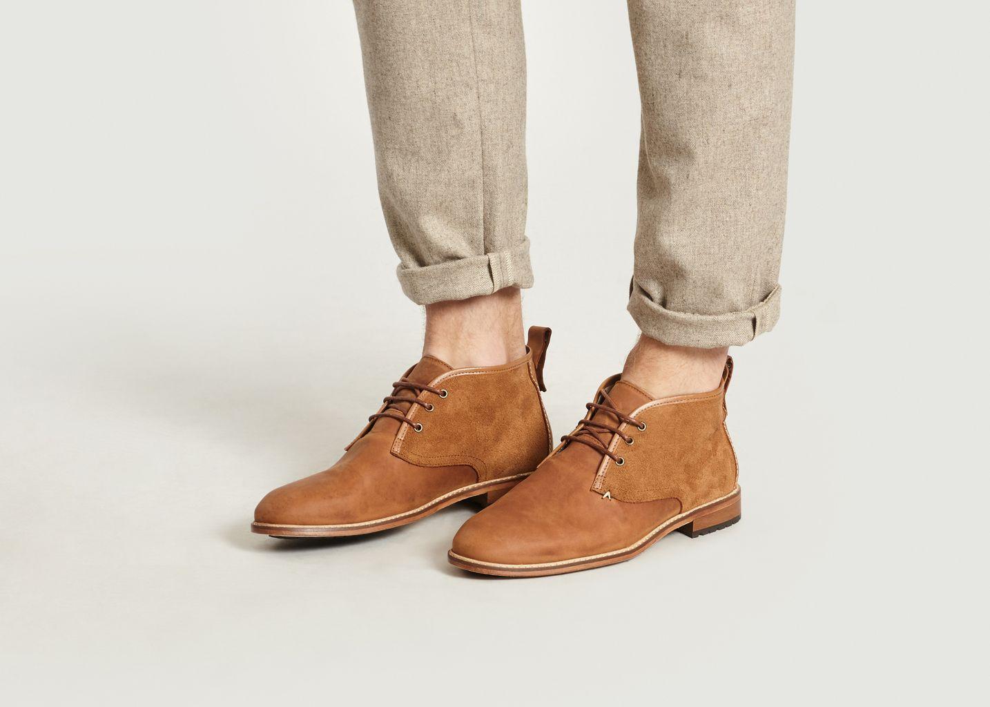 Boots Fernand  - M. Moustache