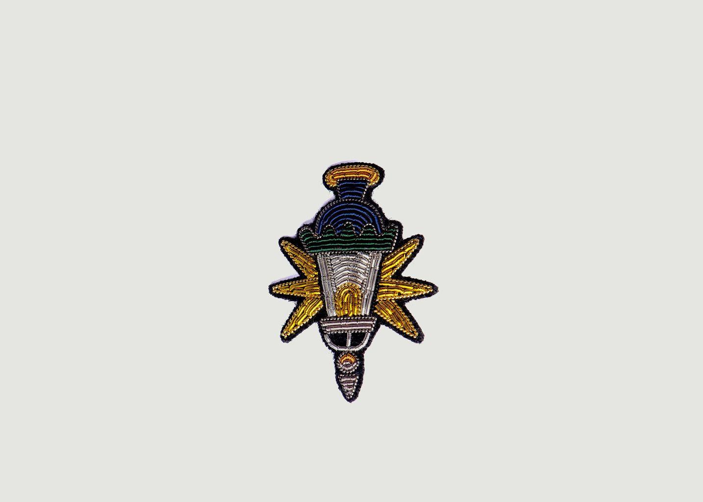 Broche Brodée Tête de Candélabre - Macon & Lesquoy