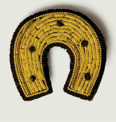Horseshoe Beaded Brooch